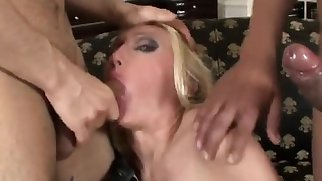 Hardcore Threesome With Dp russian girl wife