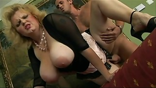 Big Boobs BBW Stepmom Is Pretty Entertaining