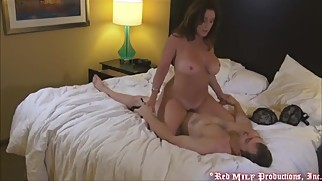 mom+fucks+stepson+in+his+apartment