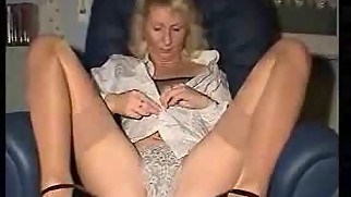 Ultra Hot Mommy